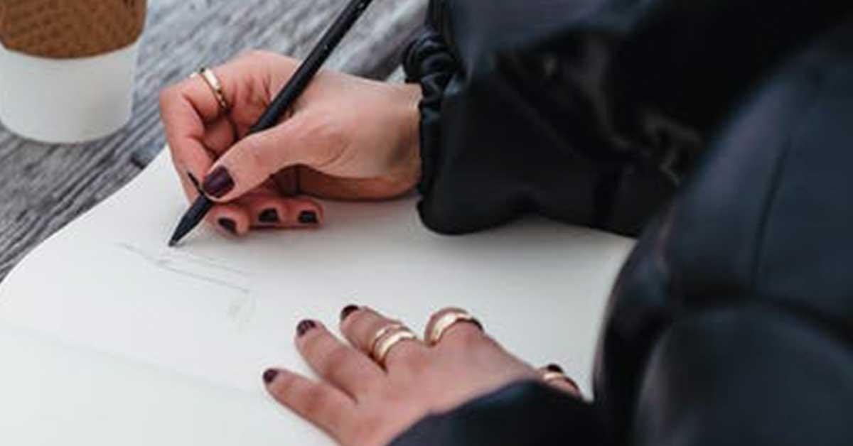 İşaret Parmağı Yüzükleri