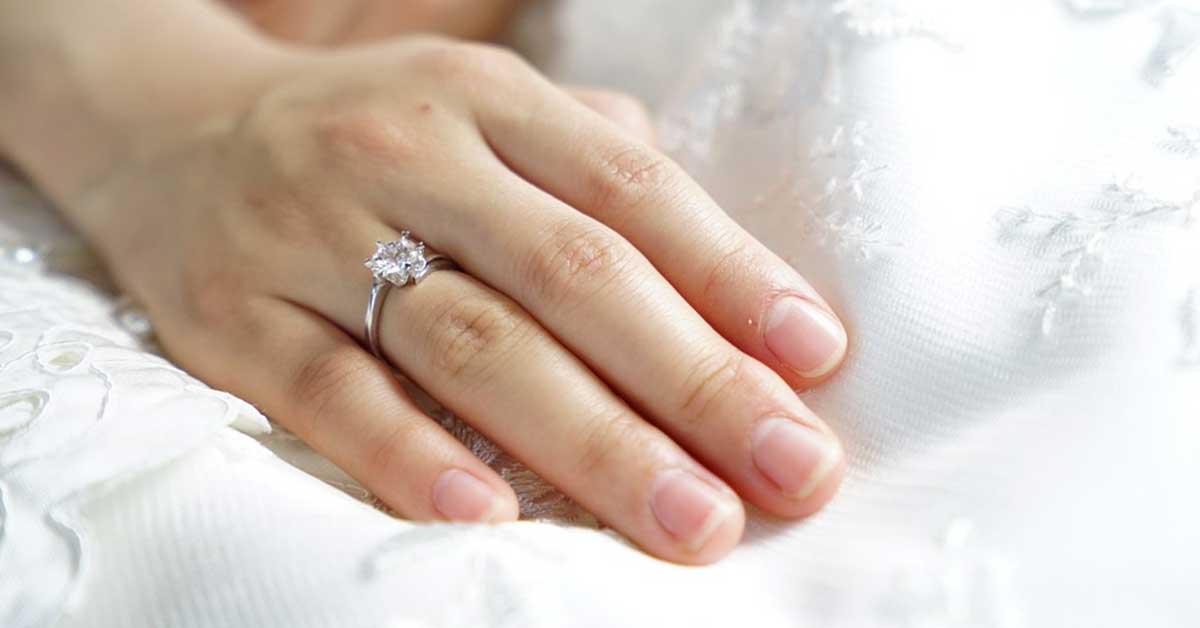 Nergis Çiçeği Yüzüğü
